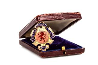 A League Championship medal that was awarded to Rangers midfielder, Joe Hendry, in 1911 could fetch £3k at McTear's Sporting Tropies and Medals Auction - pic Ken McArthur (12)