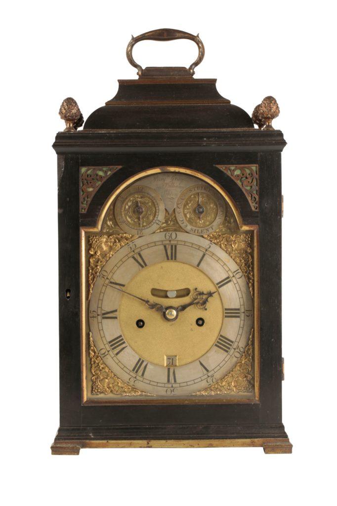 Antique bracket clock in Moigne Combe sale