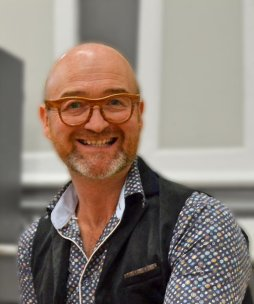 TV antiques expert David Harper