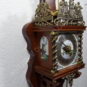 Zaandam polychrome Delft clock tiles
