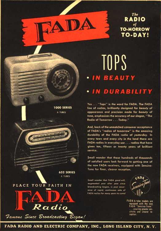 FADA Model 1000 Catalin Bullet Radio 1945