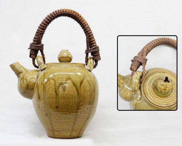 籐製持ち手付大型土瓶