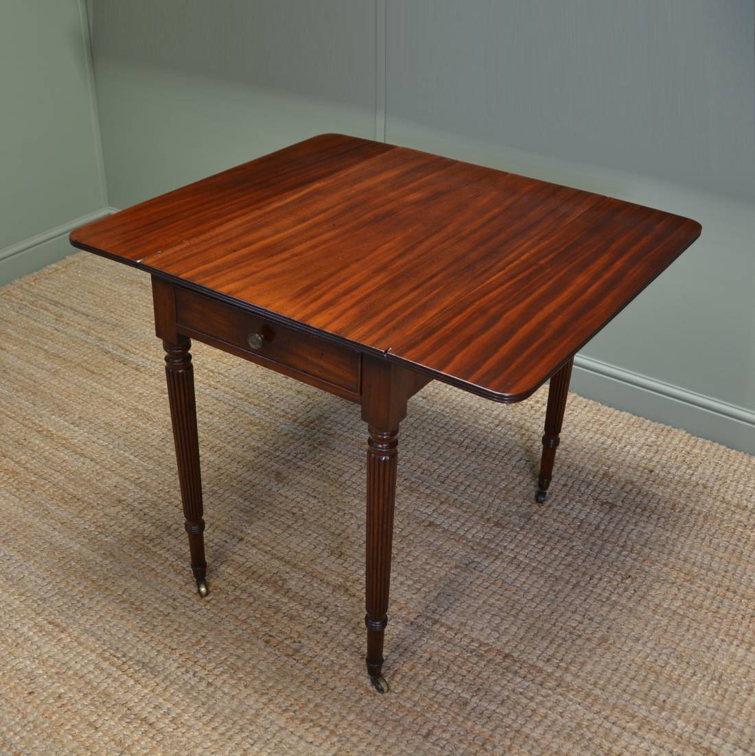 Small Drop Leaf Table With 2 Chairs Fine Regency Gillows Small Drop Leaf Mahogany Dining Table