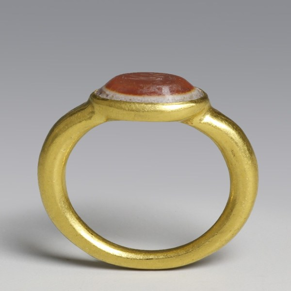 Roman Solid Gold Ring With Intaglio