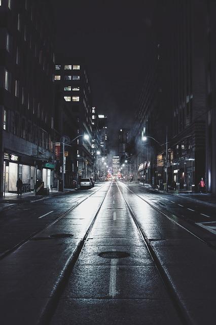 night-1209938_640