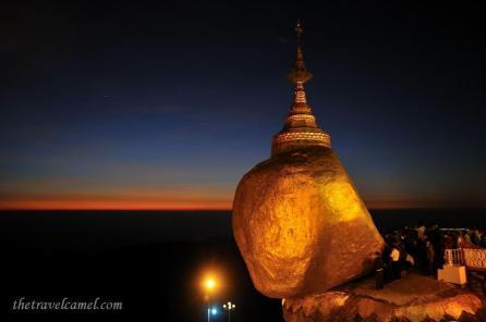 Co-host Shane (@TheTravelCamel) in the UAE captured great lighting in Myanmar: pic.twitter.com/MSwa0F3s9U