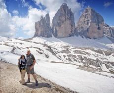 Frequent #travelpics guest host Stuart Jackson (@StuJackz) showed off the one he loves in a spot you've gotta love: Italy's mountains! pic.twitter.com/pvdu6LuMIn