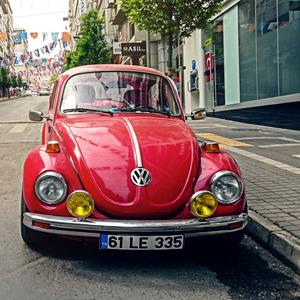 Wat goede doelen leerden van auto-dealers