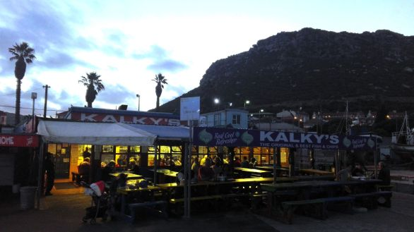 The best fish and chips in Kalk Bay is served at this humble harbourside eatery - the fish has just been pulled from the sea! You won't find any fresher! This cheerful place serves all meals on metal plates accompanied by plastic cutlery.