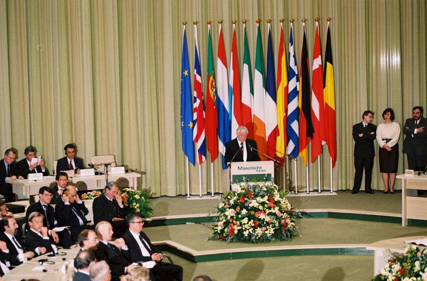 Maastricht Antlaşması