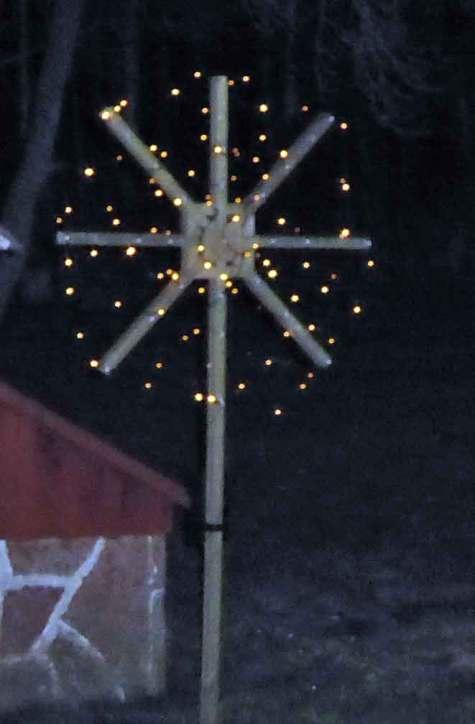 Egenbyggd julstjärna
