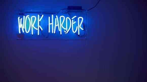 Les 3 caractéristiques des personnes productives work harder