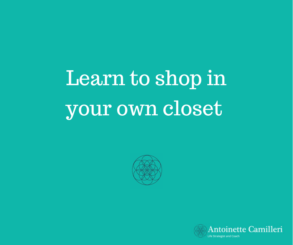 Minimalist - Learn to shop in your own closet