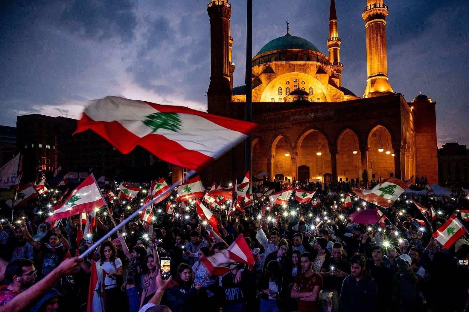 Photo of ثورة تشرين لإسقاط ألف صنم… كلن يعني كلن – مشاعل بشير