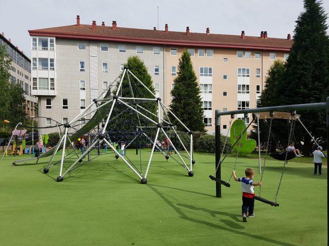Parques infantiles en Santiago. Parque de Fontiñas