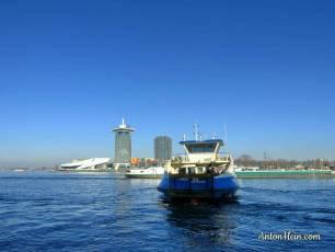 Ferry across the river IJ