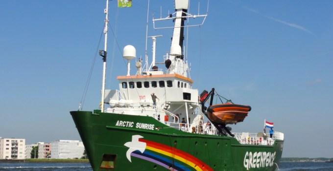 Arctic Sunrise, Greenpeace
