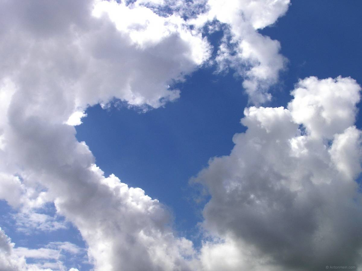 photo: heart in the clouds