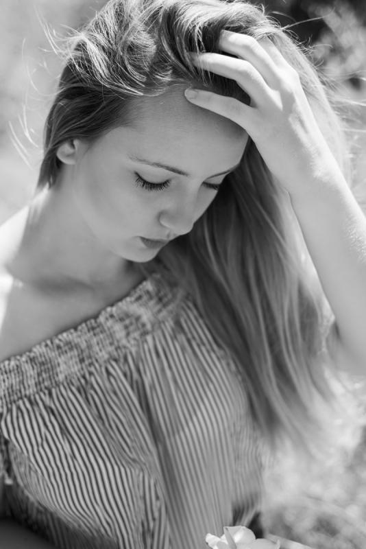 Model Photo Session black & white