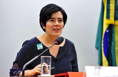 Antonio Lavareda e Mônica Bergamo entrevistam Alejandra Velasco