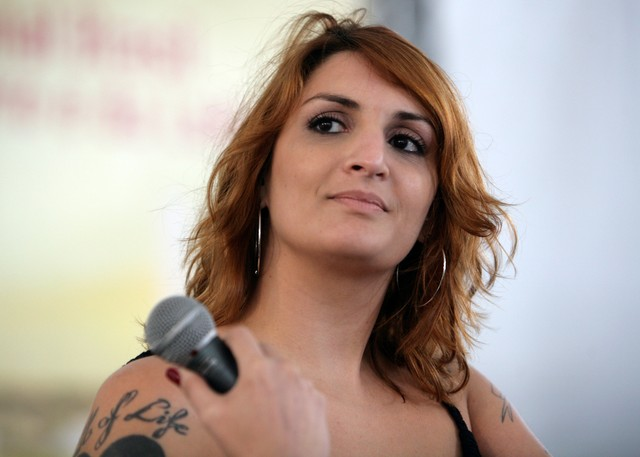 Antonio Lavareda e Mônica Bergamo entrevistam Clara Averbuck