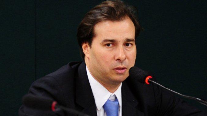 Rodrigo Maia fala sobre reforma política no programa Ponto a Ponto