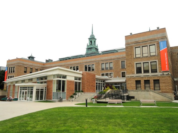 main_college_building_-_simmons_college_-_dsc09805