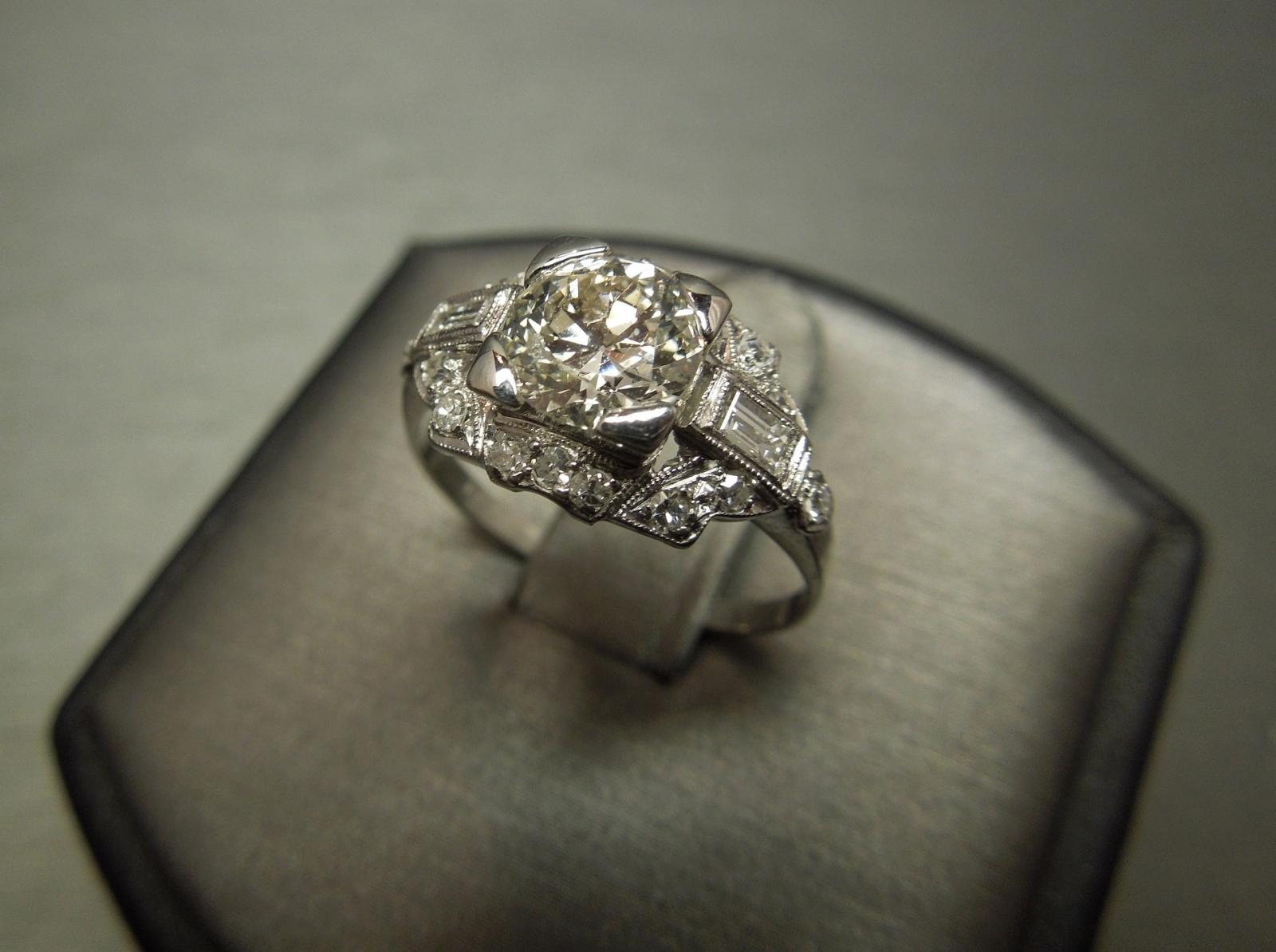 Antique Old European cut Diamond Engagement Ring 121TCW Plat