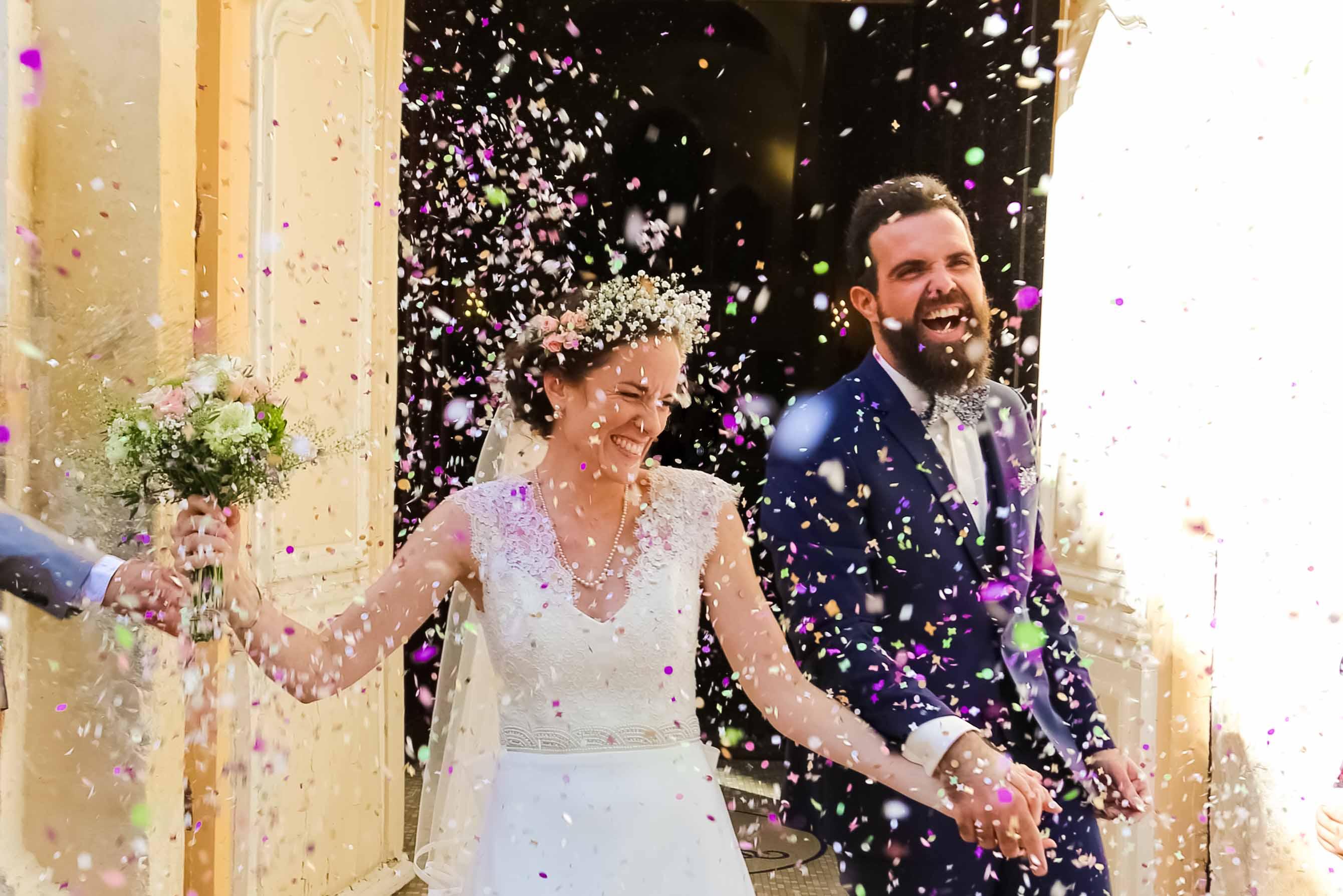 Sortie Eglise Couple Mariage