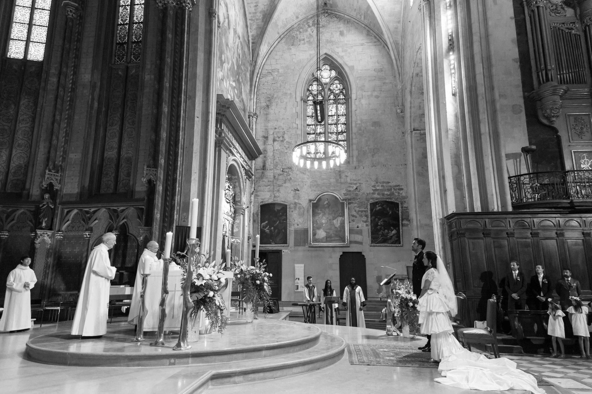 Cathédrale Saint-Sauveur prière