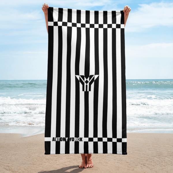 antony-yorck-strandtuch-beach-towel-blanket-badetuch-strandtuch-stripes-blackwhite-0002