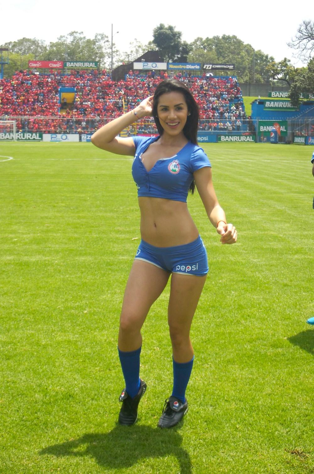 Manuela Suarez de Venezuela 88