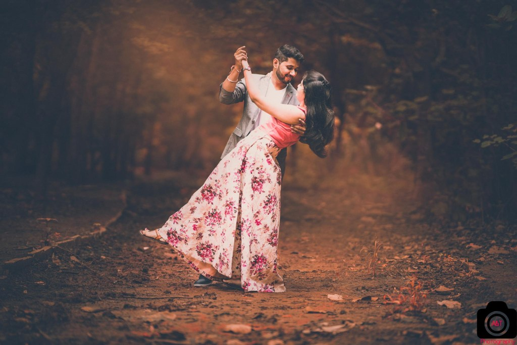 Filmy and Romantic Pre wedding photos from Pahsan Lake, Pune