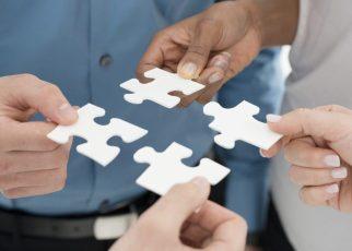 Cum verifici credibilitatea unui partener de afaceri? Iată 3 pași importanți