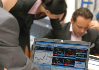 Afacerile românești, împotmolite în birocrație