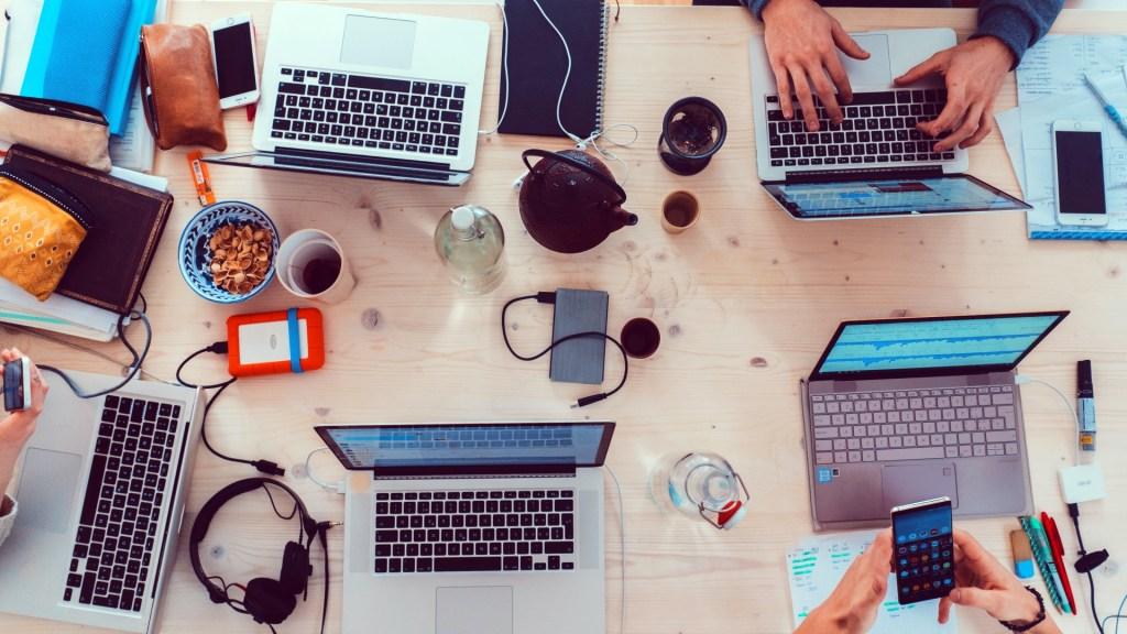 Servicii pentru Antreprenori Digitali