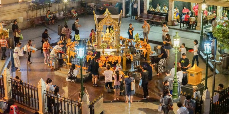 泰國曼谷四面佛 | 四面佛(BTS Chit Lom站)曼谷大梵天王,四面佛交通地理。