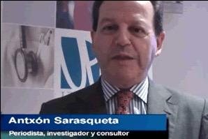 Imagen de Antón Sarasqueta en una entrevista televisiva durante su intervención en los Colegios Profesionales de España (UP)