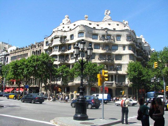 barcelona_casamila1