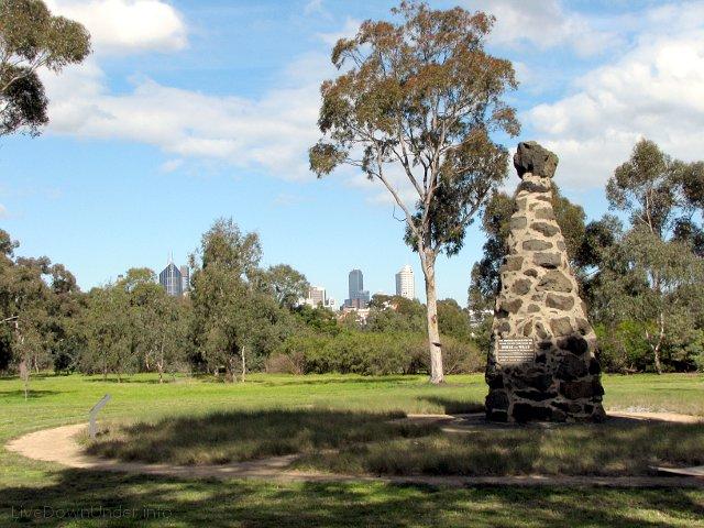 Pomnik na miejscu startu wyprawy Burke'a i Willsa