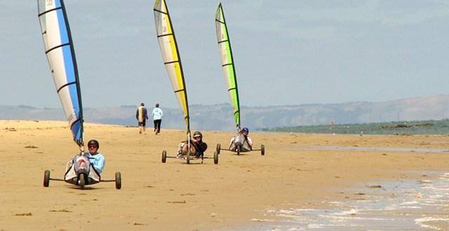 Blow karting, Ballnaring Beach, Wiktoria, Australia