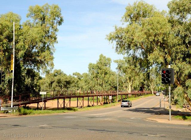 Most na Todd River w Alice Springs