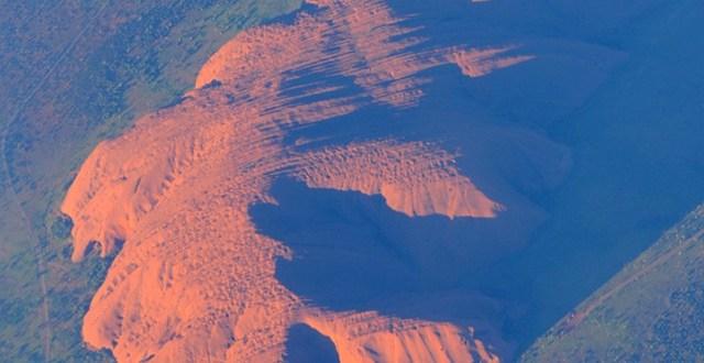 Uluru z lotu ptaka