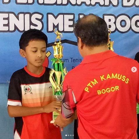 Juara 2 Tenis Meja Bogor Raya
