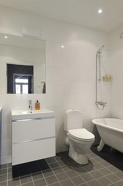 interior designer bathrooms Bathroom interior design