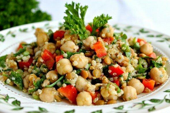 Spiced-Chickpeas-Quinoa-Lentils