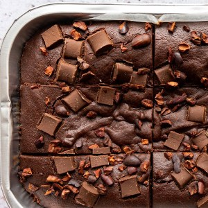chocolate fudge brownie in a tray