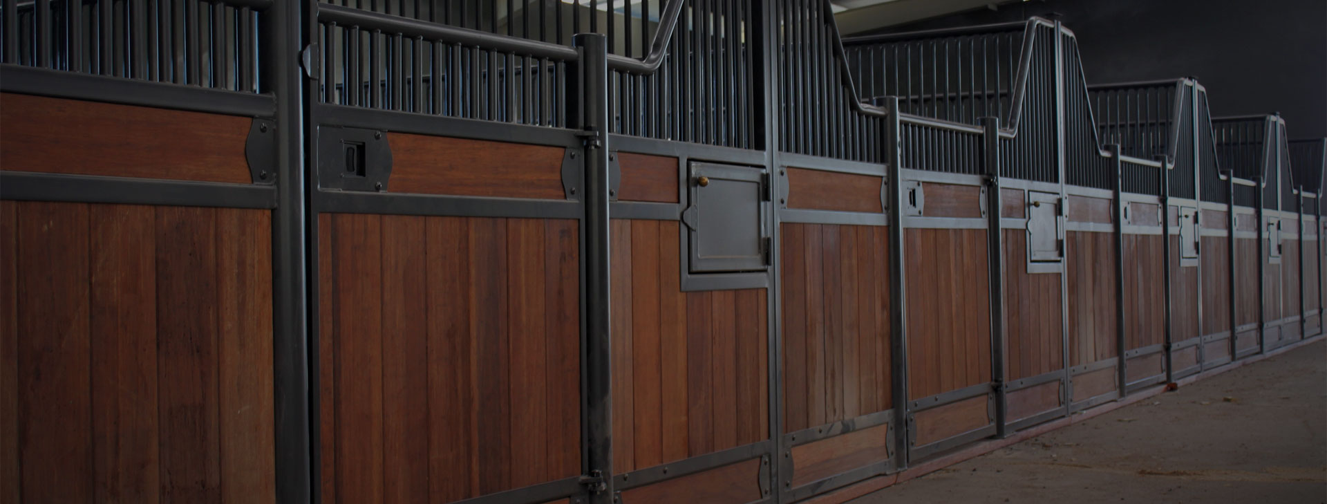 High quality, Australian made horse stables and fit out solutions.
