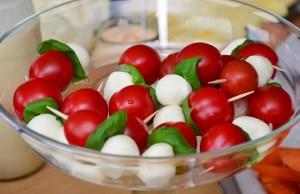 tomato-mozzarella-653838_640