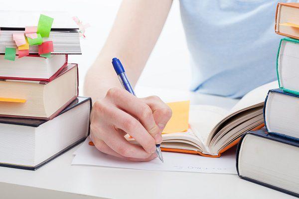 資格取得の勉強中